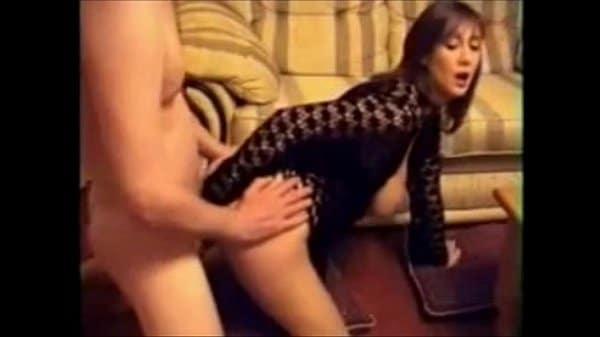 Fazendo sexo anal com a coroa gostosa