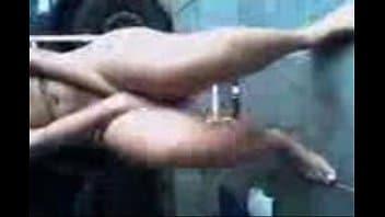 Loira gostosa mostrando sua buceta perfeita na webcam