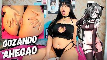 Novinha gostosinha masturbando na webcam