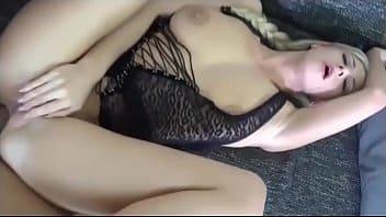 Sexo anal na loira safada