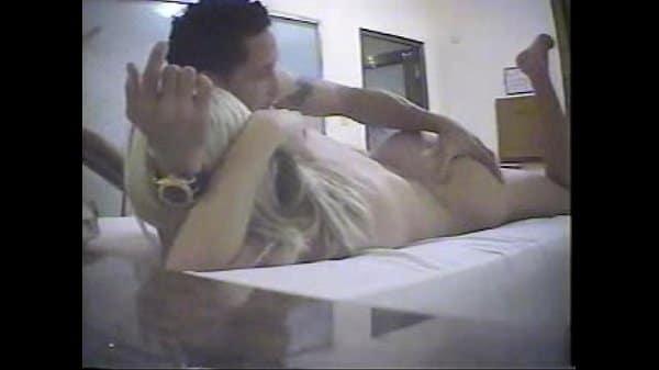 Sandra modelo colombiana caiu na net fazendo sexo