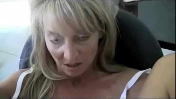 Mulher gostosa mais velho do xvideo praticando videos de incesto