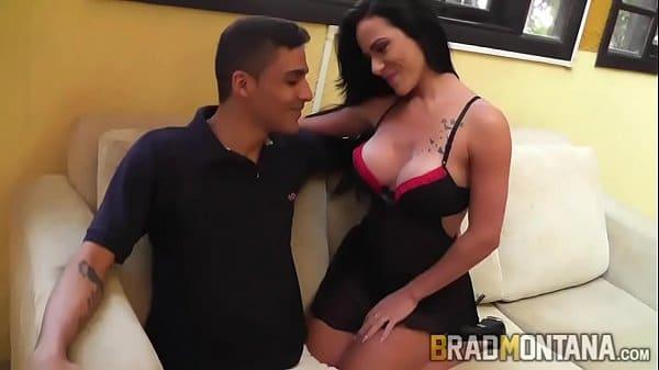 PornFlip video porno XXX Analine fode com fan e toma porra na xota