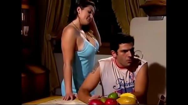 Video porno com Lívia Andrade & Seus Melões Deliciosos