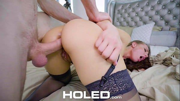 Xvideos caseiro ninfeta loira cuzuda fazendo sexo anal forte