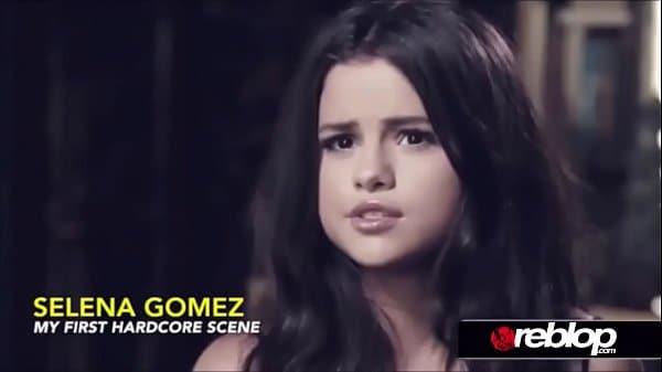 Selena Gomez nua em video porno grátis transando