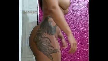 Larissa Manuela pelada transando em video porno