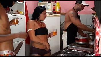 Xvideosbrasil negão mega dotado detonado cu da morena