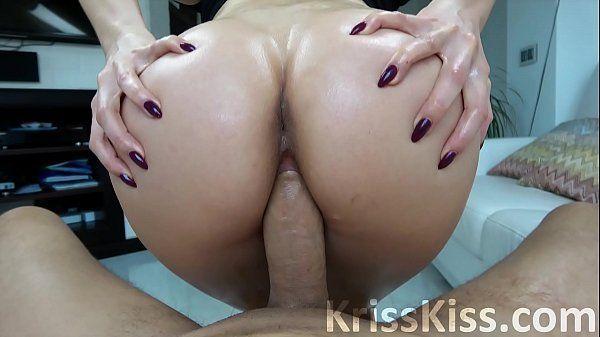 Video sexo novinhas anal dando o cuzão grande pro irmão
