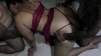 Mulher do zap zap casada mandou nudes pro sogro