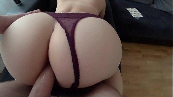 Primeiro sexo anal da mãe no XVideos