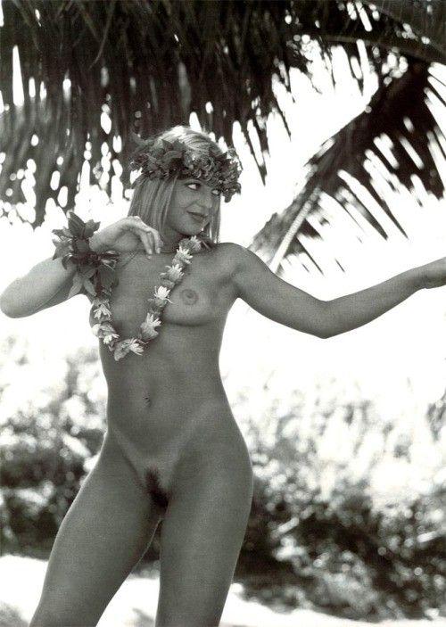 Sheila Mello Nua